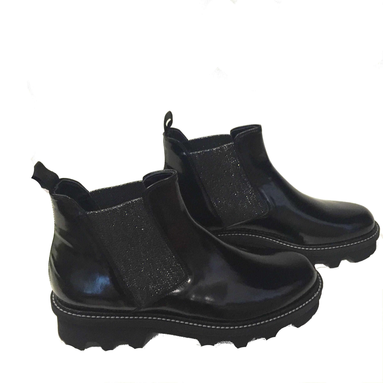 botin-negro-pertini
