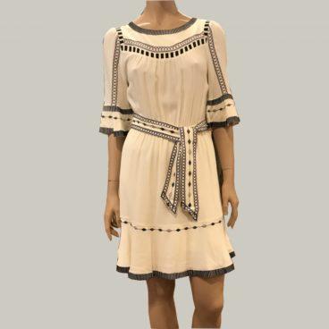 vestido blanco bordados bash
